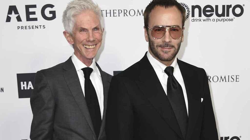 El periodista fallecido Richard Buckley junto a su marido, Tom Ford, en una imagen fechada en marzo de 2017.