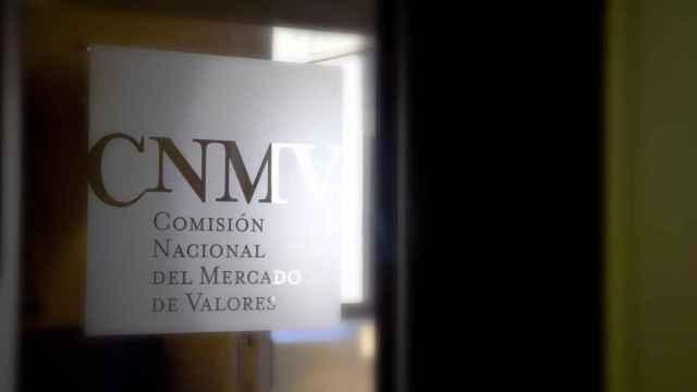 Un ex de la CNMV reconoce en la Audiencia Nacional que el supervisor minusvaloró los ataques al Popular