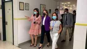La delegada del Gobierno andaluz en Málaga visita centro de salud Torre del Mar.
