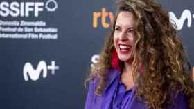 Claudia Llosa compite en San Sebastián con su primera película para Netflix, la adaptación de la novela 'Distancia de rescate'.