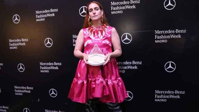 Anaïs Vauxcelles ha ganado con 404 Studio el premio Mercedes-Benz Fashion Talent.