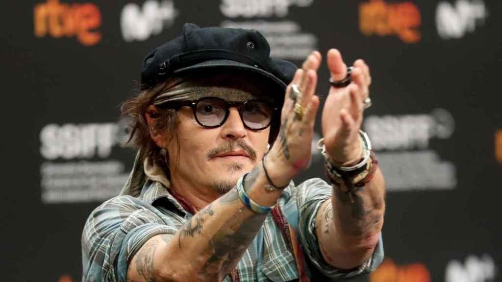 Johnny Depp en la rueda de prensa.