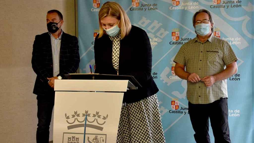 Isabel Blanco firma el convenio de colaboración para el reparto de Fondos Europeos de la Junta con la Diputación y el  Ayuntamiento de Zamora
