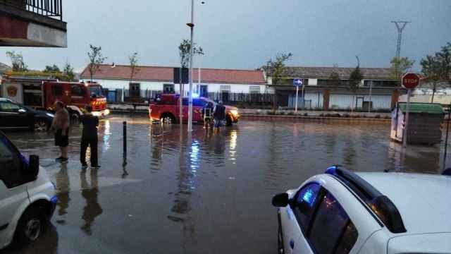 El Paseo de la Rosa, en el barrio toledano de Santa Bárbara, tras el aguacero de este miércoles.