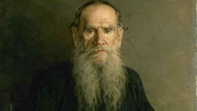 Un retrato de Tolstói que se puede ver ahora en el Museo Ruso de Málaga.