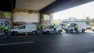 La DGT saca todas sus furgonetas blancas para multar con 200 euros: cómo reconocerlas