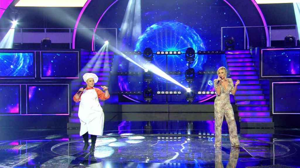 El hilarante dueto de Marta Sánchez y una farsante en el final de 'Veo cómo cantas'