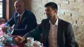 Djokovic, junto a Milan Jolovic