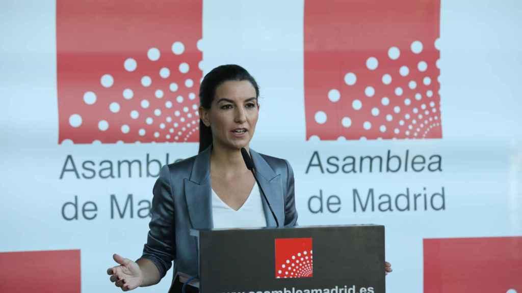 La portavoz de Vox en la Asamblea de Madrid, Rocío Monasterio, ofrece una rueda de prensa previa a la celebración de una sesión plenaria en la Asamblea de Madrid.