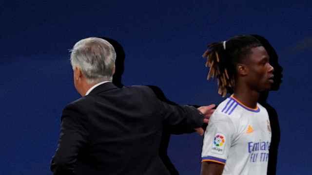 Carlo Ancelotti y Eduardo Camavinga, en un fotomontaje