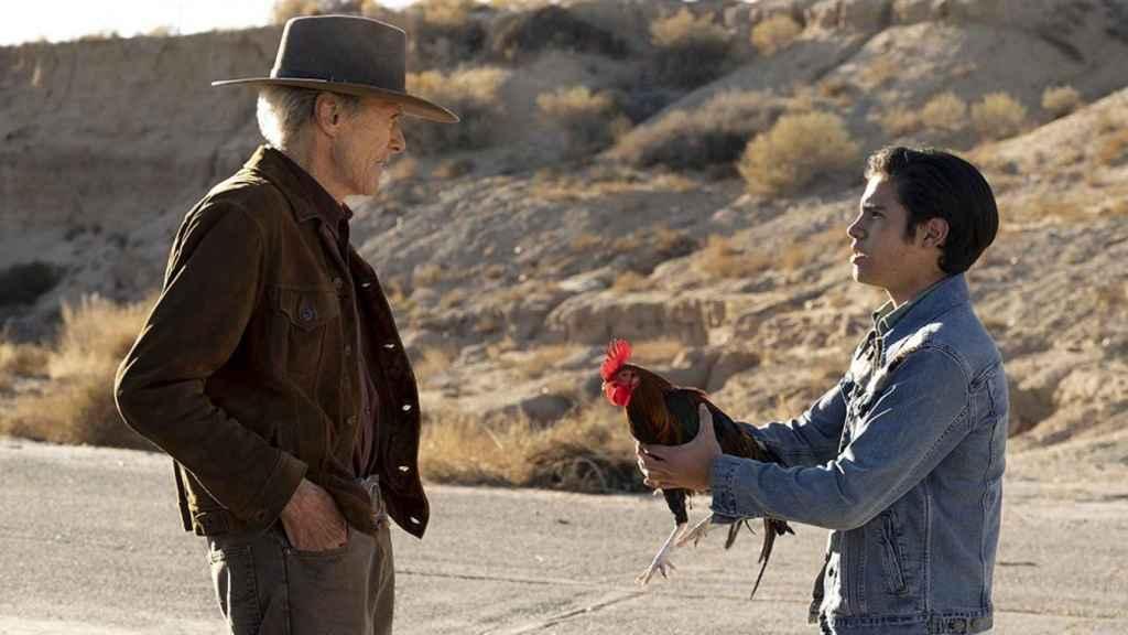 Fotograma de la película 'Cry Macho'.