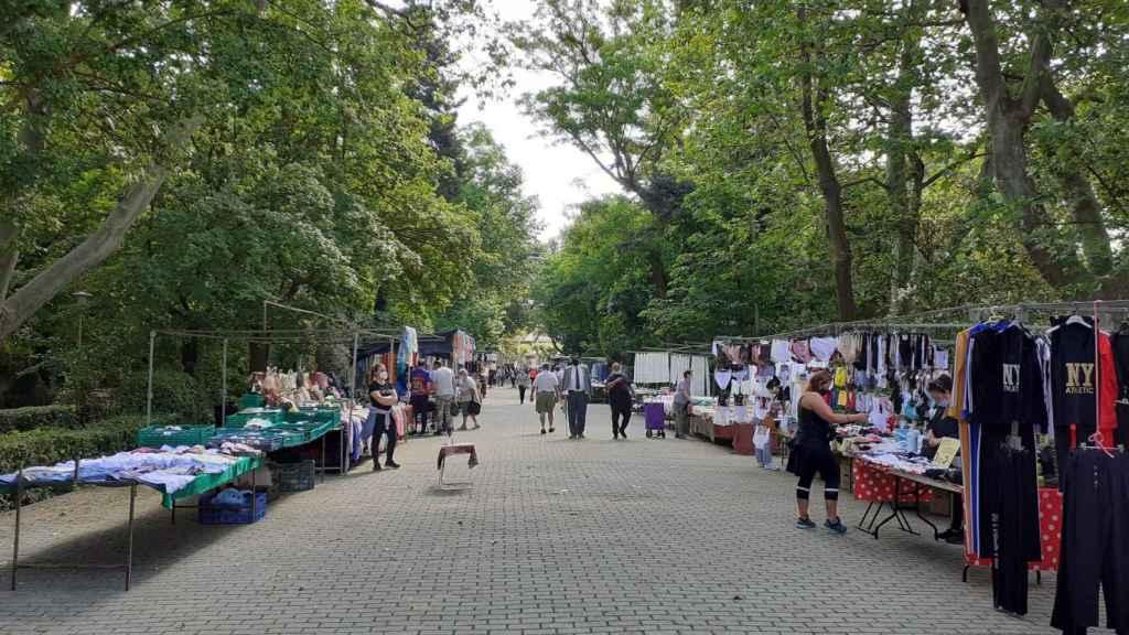El mercadillo de Medina de Rioseco regresa a sus calles habituales