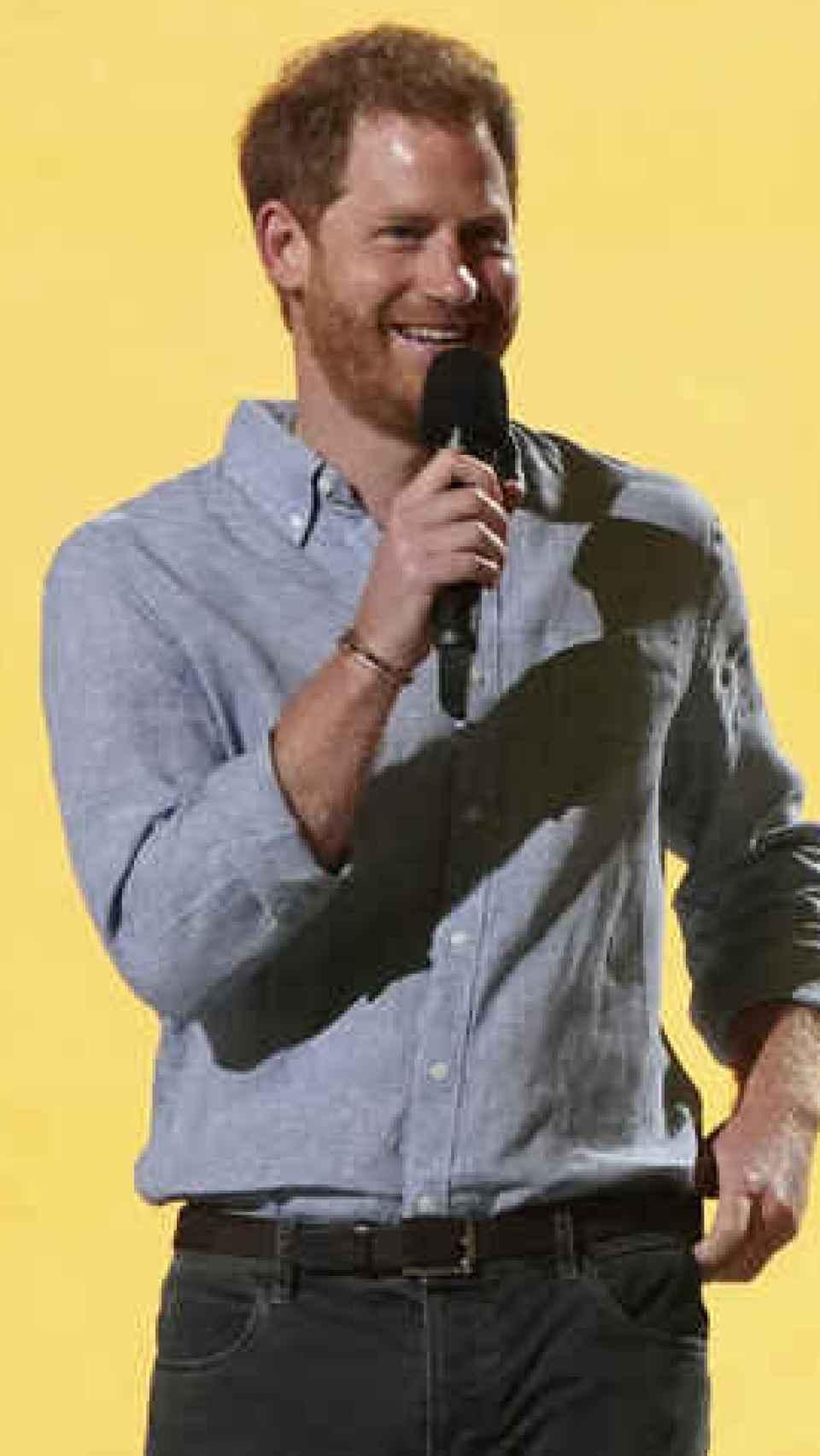 Harry en medio de su discurso en el VAX Live: The Concert to Reunite the World de Global Citizen.