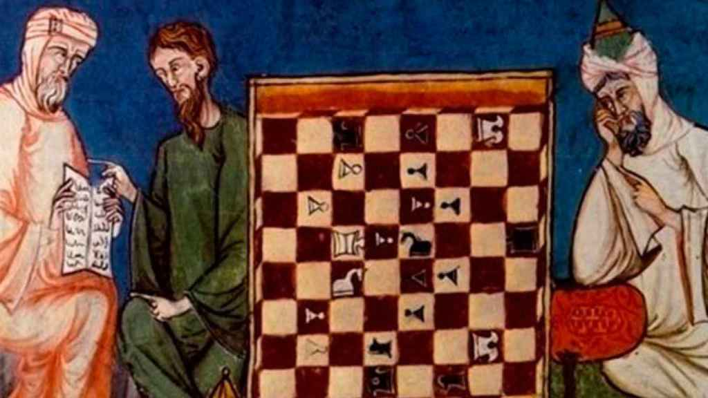 Composición pictórica de los primeros maestros árabes de ajedrez, donde uno de ellos juega de espaldas.