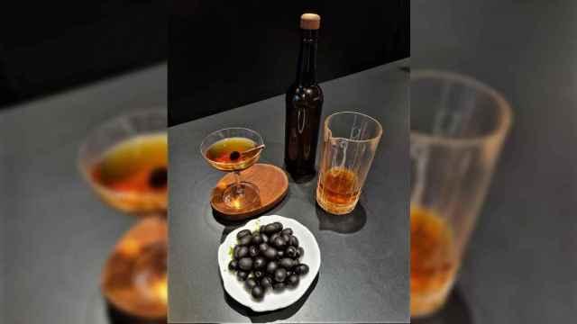 Agua de aceitunas Hojiblanca y tomate, un cóctel de los hermanos Torres