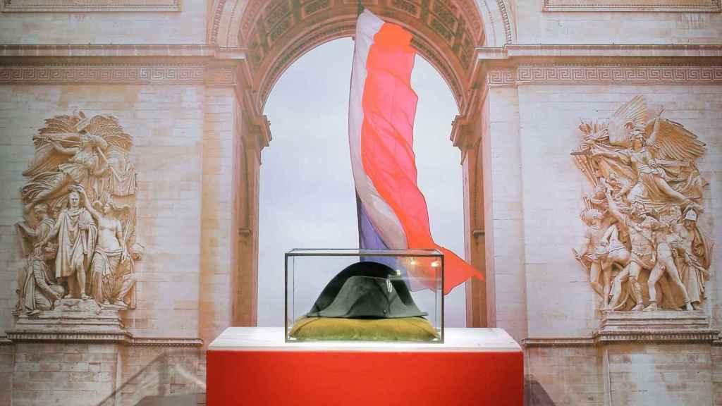 El bicornio de Napoleón subastado por más de un millón de euros.