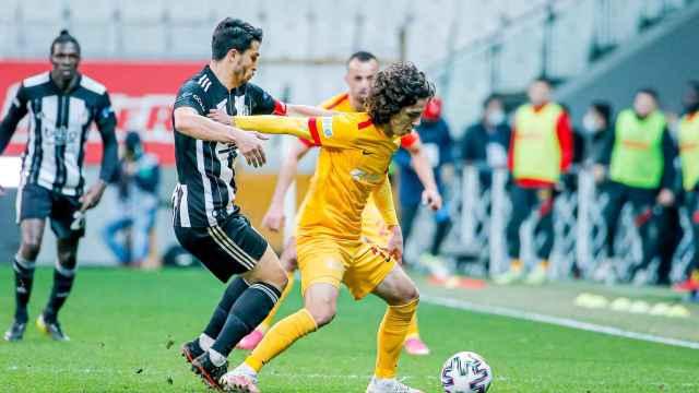 Emre Demir, con el Kayserispor