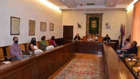 Reunión con el sector lácteo en el Ayuntamiento de Talavera