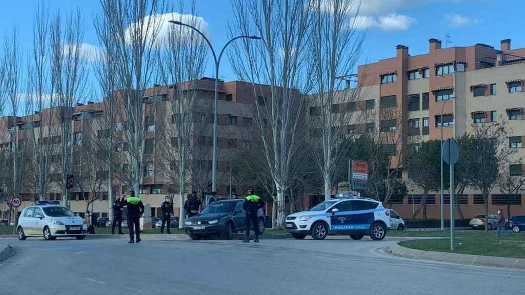 La policía de Cuenca interviene en una decena de botellones en San Mateo