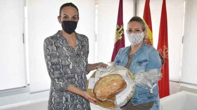 La alcaldesa de Ciudad Real, Eva María Masías, ha recibido a Pan Real
