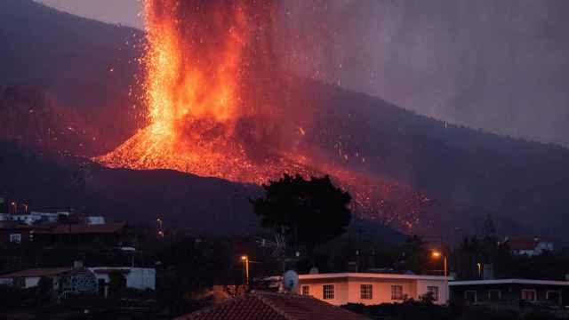 Explosiones en el volcán de La Palma.