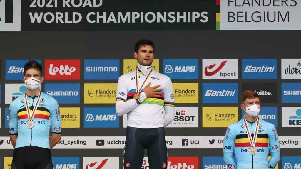 Wout Van Aert, Filippo Ganna y Remco Evenepoel, en el podio de la prueba contrarreloj del Mundial de Flandes 2021