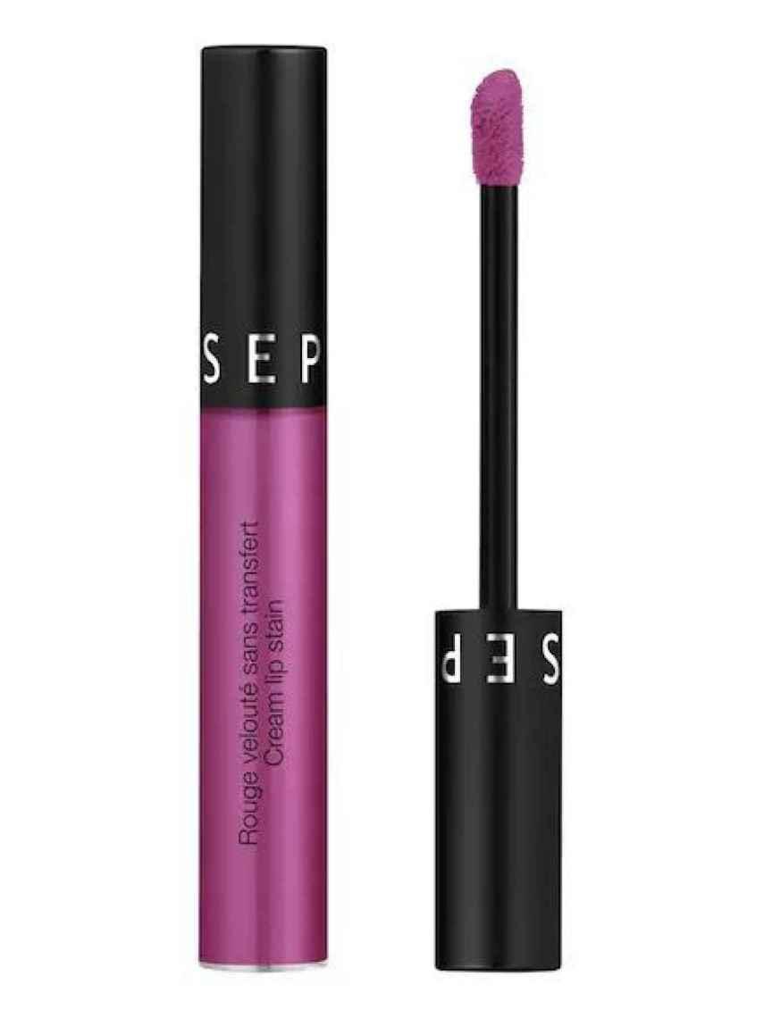 Sephora tiene el labial de coloración violeta más buscado.