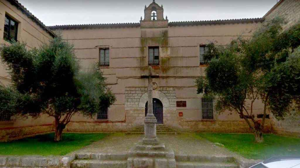 CEIP Hospital de la Cruz de Toro / Google Maps