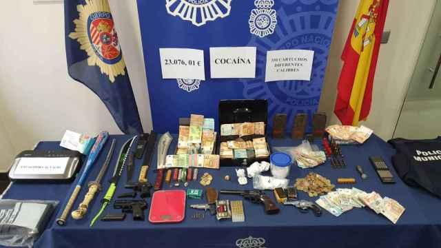 Armas y drogas incautadas en Medina del Campo