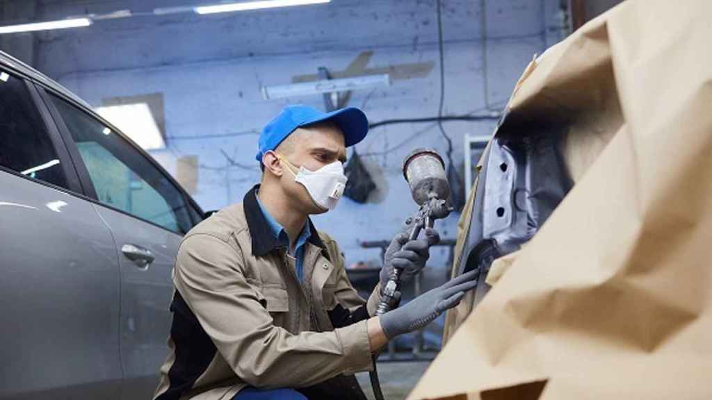 Un empleado trabajando. Imagen de archivo