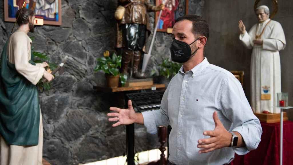 El párroco de Todoque habla con EL ESPAÑOL.