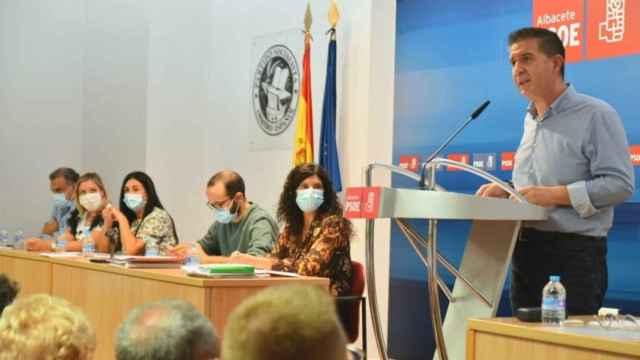 Santiago Cabañero durante su intervención en el Comité Provincial del PSOE de Albacete de este sábado