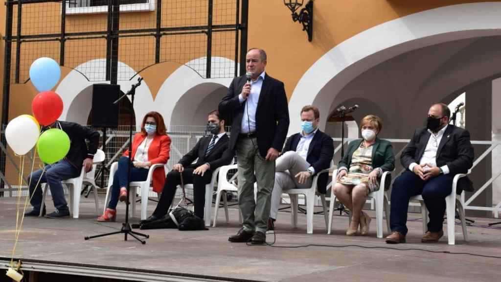 Momento de la intervención del alcalde, Emilio Sáez, en el acto de la Once en Albacete
