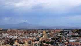 Verdaderos call centers, así actúan los estafadores inmobiliarios en Alicante.