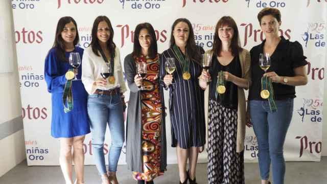 Las Niñas de Oro brindan con un vino muy vallisoletano