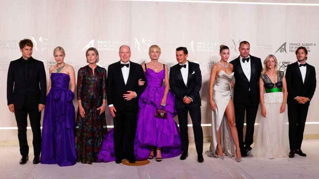 Lucas Bravo, Pom Klementieff, Carolina de Mónaco, Albert II de Mónaco, Sharon Stone, Orlando Bloom, Milutin Gatsby y su acompañante, Melanie Laurent y Gaspard Ulliel.
