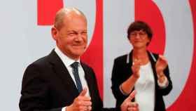 Olaf Scholz, candidato del SPD, tras conocerse los primeros resultados en Alemania.
