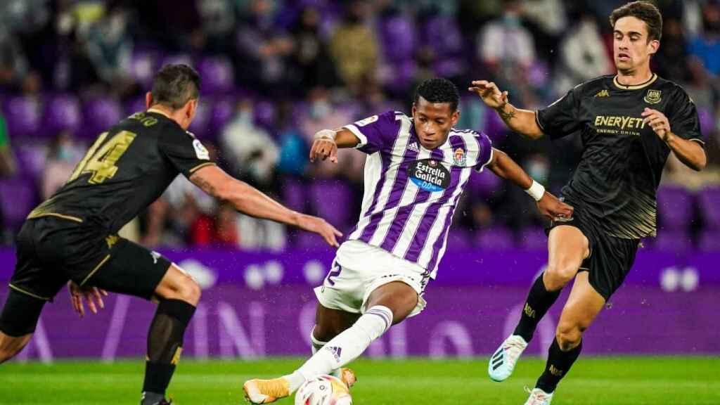 Gonzalo Plata debutó como titular en el Real Valladolid