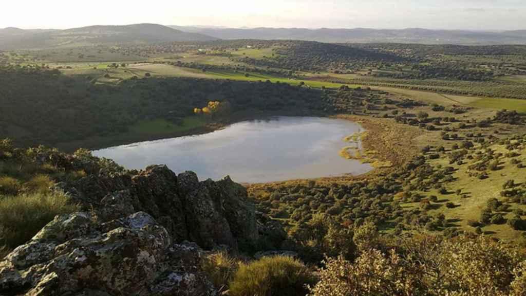 Laguna y Volcán de la Posadilla, en Ciudad Real