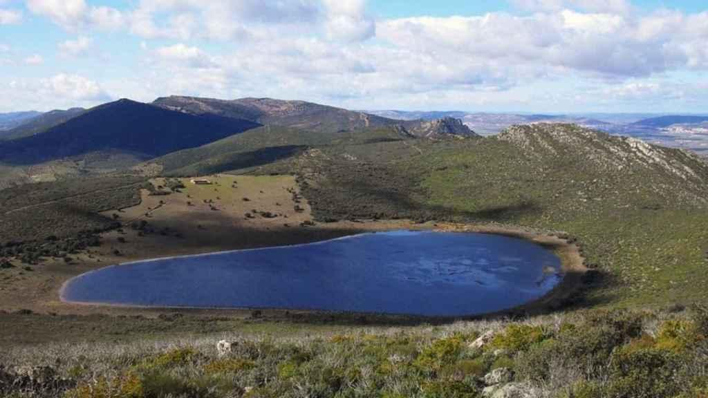 Laguna de la Alberquilla, en Mestanza