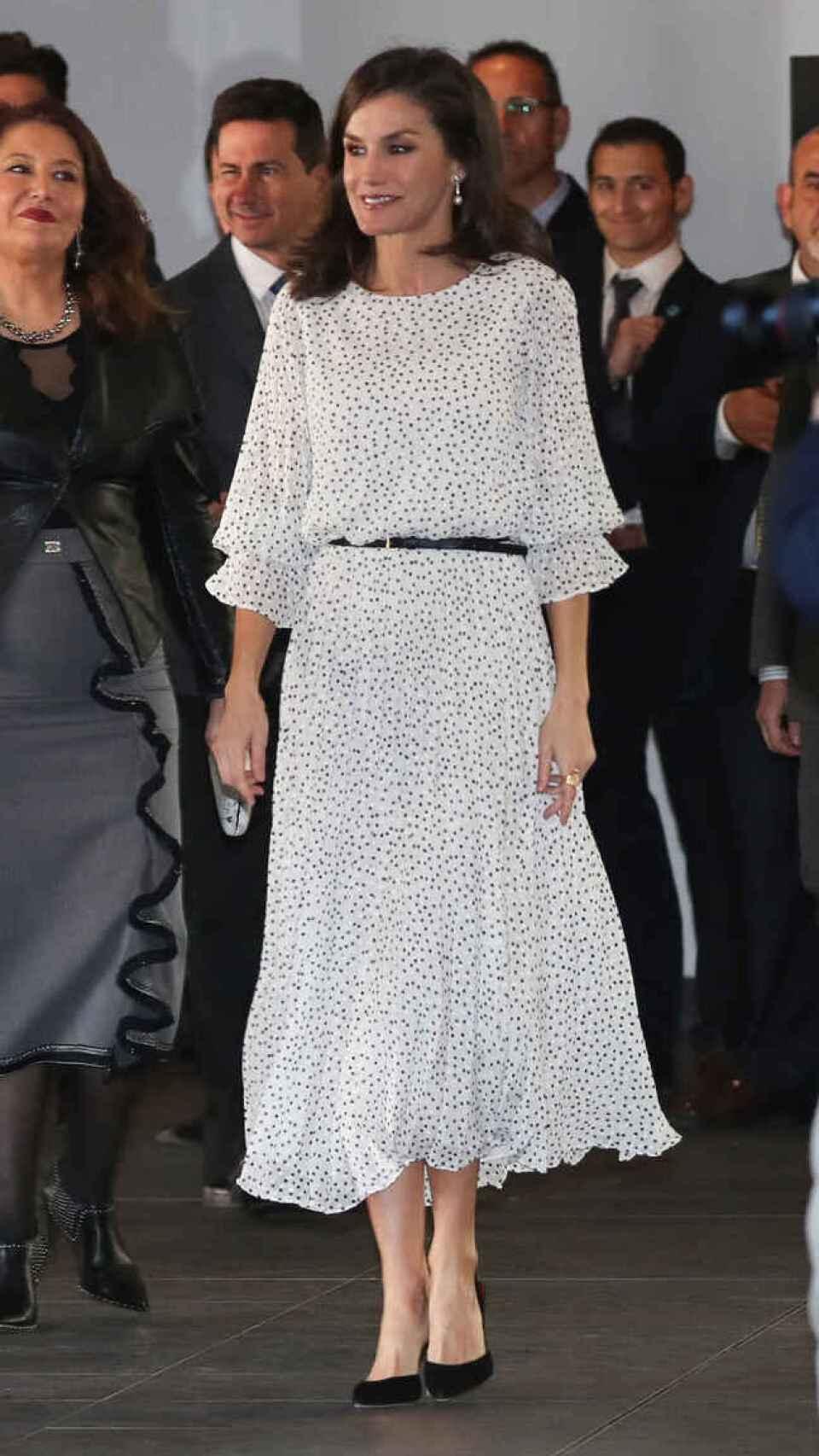 La reina Letizia en febrero de 2020 en El Rocío, luciendo el mismo 'look' de este lunes 27 de septiembre de 2021.