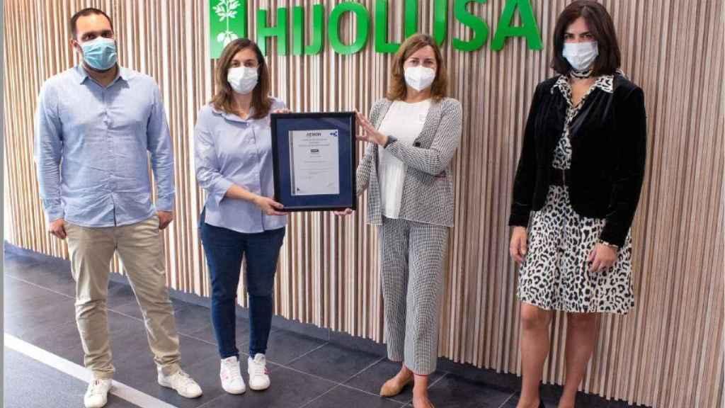 Patatas Hijolusa recibe la certificación de Estrategia Sostenible de AENOR