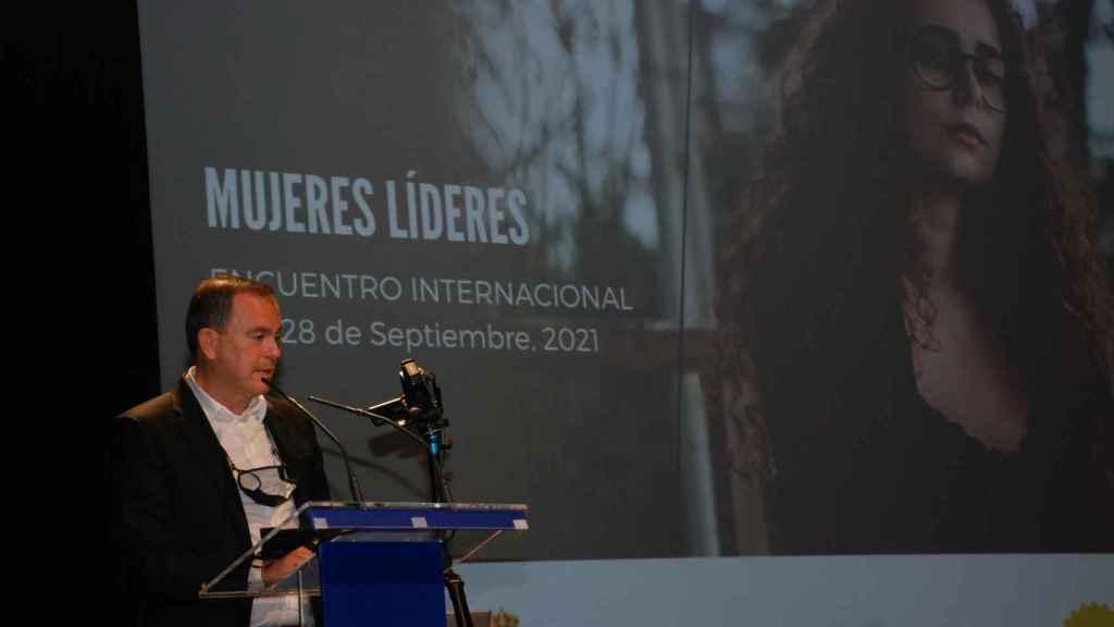 Francisco Requejo inaugura el Encuentro Internacional de Mujeres Líderes de las Américas que se celebra en Zamora