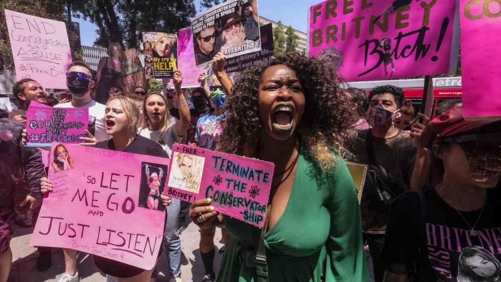 Manifestación en Los Ángeles por el movimiento free Britney.