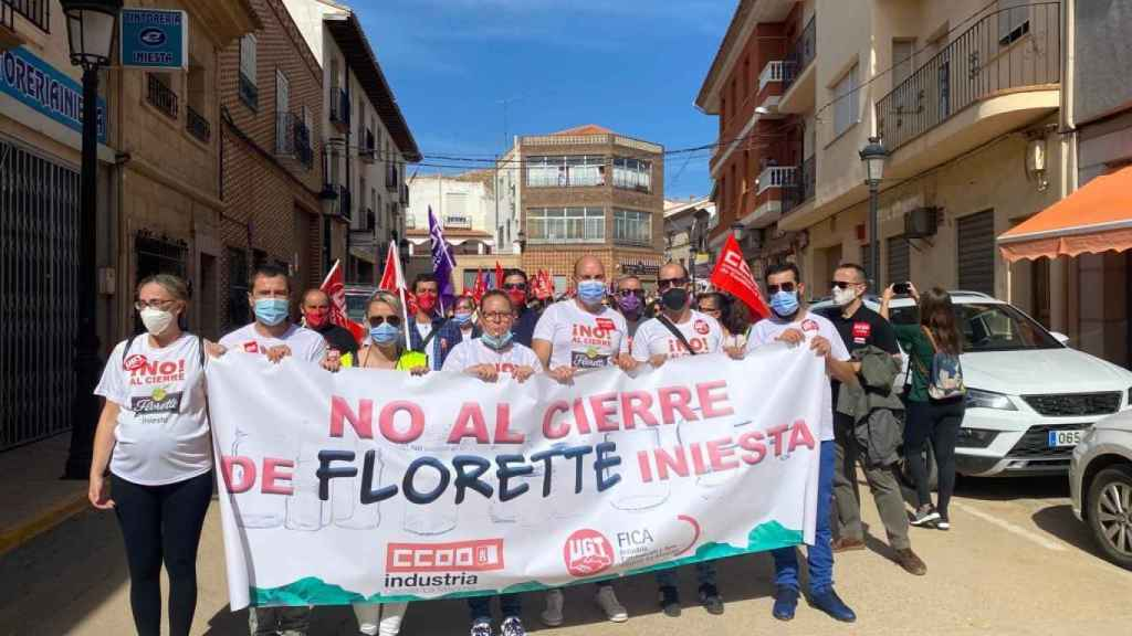 Protesta contra el cierre de Florette este domingo en Iniesta (Cuenca)