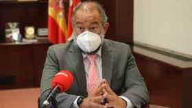 Julián Garde, rector de la Universidad de Castilla-La Mancha, durante la entrevista con Europa Press
