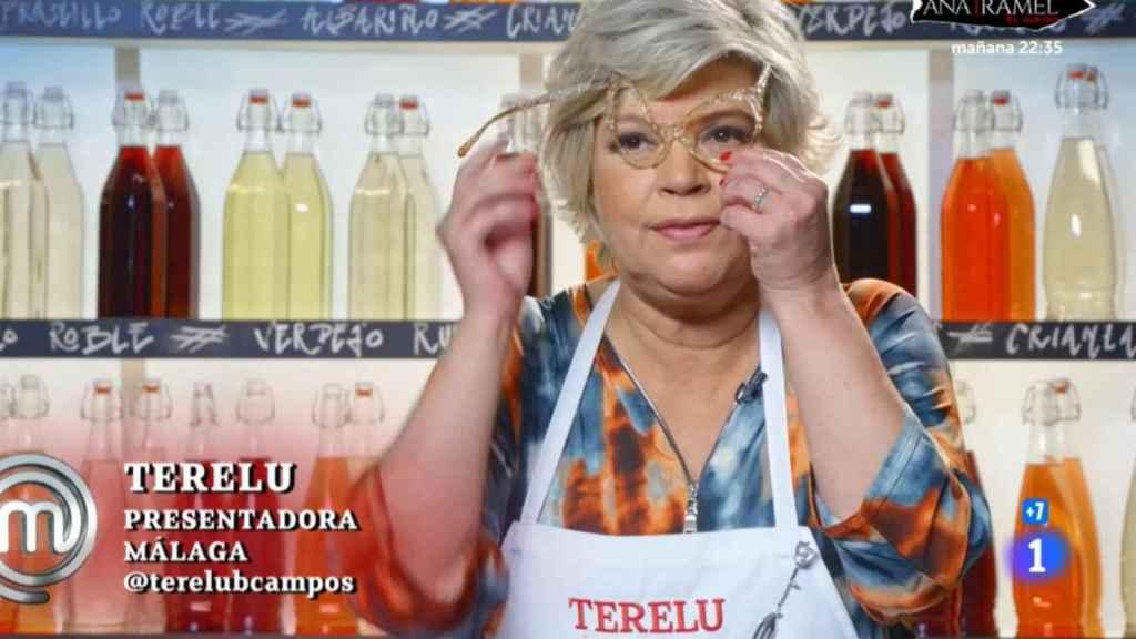 Terelu Campos tras quemar sus gafas.