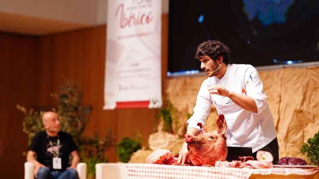 Carlos Hernández del Río del restaurante Consentido (Salamanca), acompañado de Aitor de Arregui Restaurante Elkano (Guetaria- Guipúzcoa )