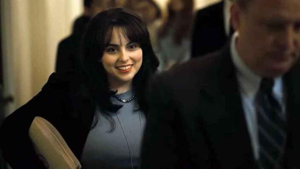 Beanie Feldstein interpreta a Monica Lewinsky.