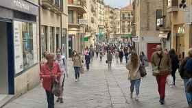 Calle Toro, unas de las primera arterias urbanas que se peatonalizó en Salamanca